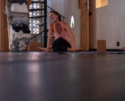 Maaike Khoukhi yoga Marokko